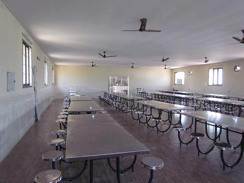 cafeteria 7